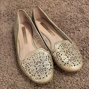 Rose gold Flats, gently worn size 6!